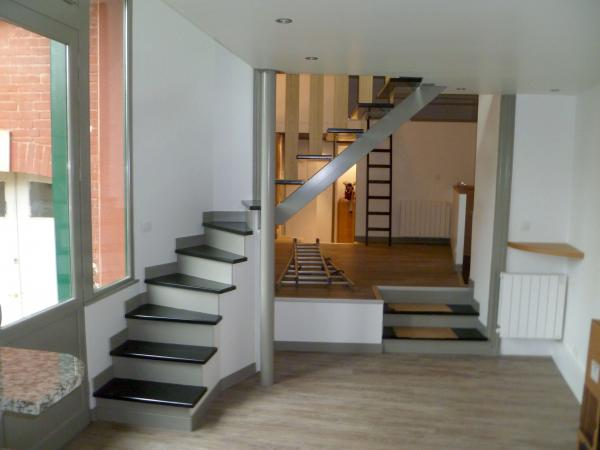 meuble d escalier photos d escaliers interieurs amnagement meubles canto with meuble d escalier. Black Bedroom Furniture Sets. Home Design Ideas